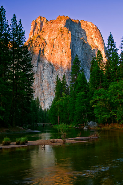 California; Yosemite National Park; Cathedral Rock; Sunrise; 加利福尼亚; 优胜美地国家公园; 日出
