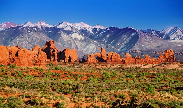 Utah, Arches National Park, The windows, La Sal Mountains,  犹他州,拱门国家公园